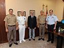 El presidente Tabaré Vázquez con los jefes de las tres ramas de las Fuerzas Armadas