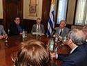Tabaré Vázquez encabeza la conferencia de prensa