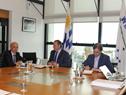 Presidente, Luis Lacalle Pou, encabezó reunión con ministro de Defensa, Javier García, secretario y prosecretario de Presidencia