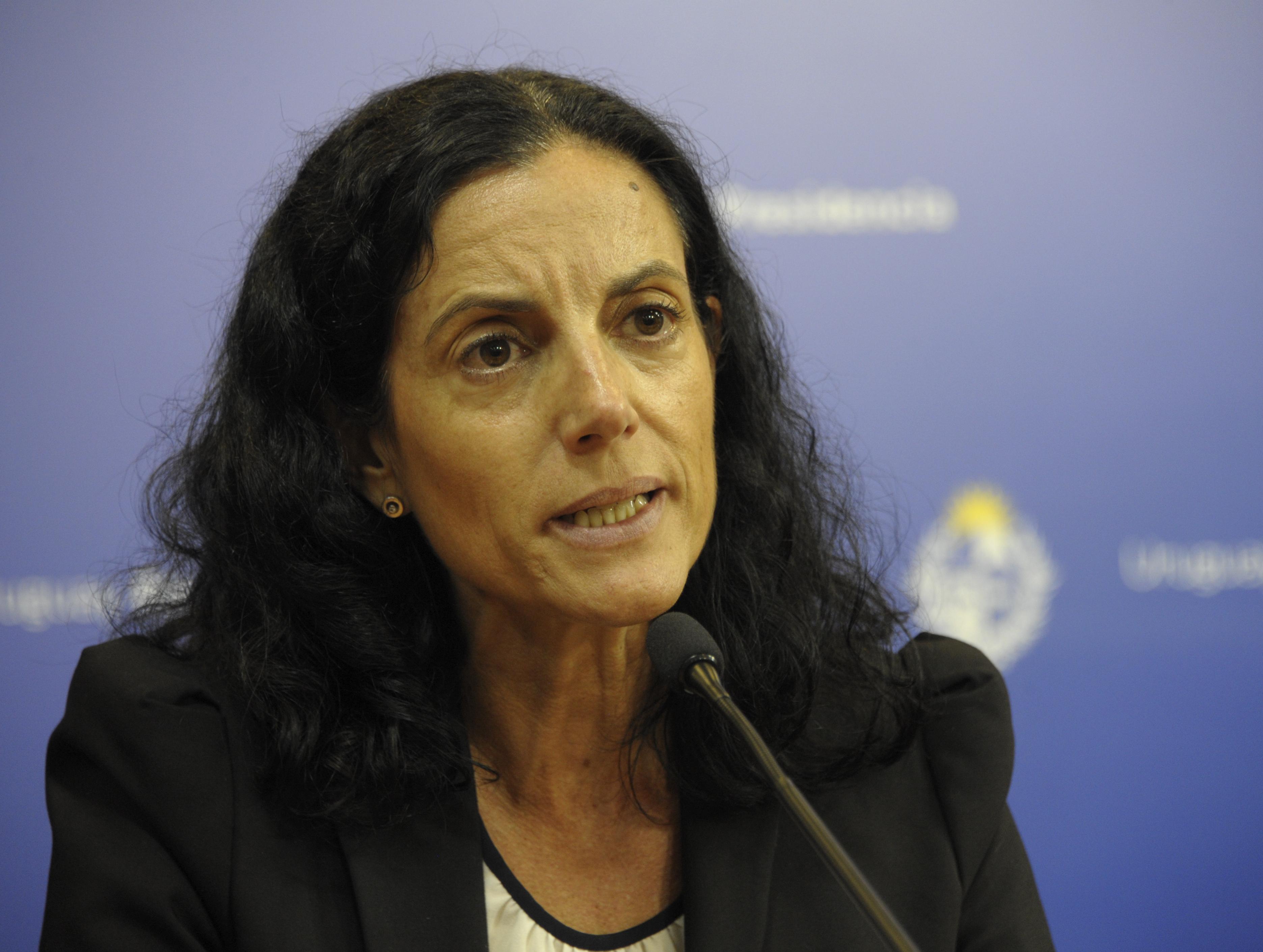 Ministra Azucena Arbeleche