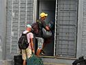 Personas en situación de calle ingresan a instalaciones de estadio Centenario