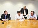 Secretario de Presidencia, Álvaro Delgado, ministro de Desarrollo Social, Pablo Bartol, y subsecretario de Desarrollo Social, Armando Castaingdebat
