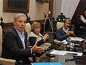 Robert Silva, Irupé Buzzetti y Pablo Caggiani, en conferencia de prensa