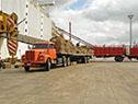 Embarque de 1.500 toneladas de ración, 500 toneladas de fardo y 100 toneladas de aserrín para camas