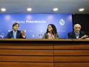 Presidente Luis Lacalle Pou encabezó conferencia de prensa junto a ministros Azucena Arbeleche, Daniel Salinas y Pablo Mieres