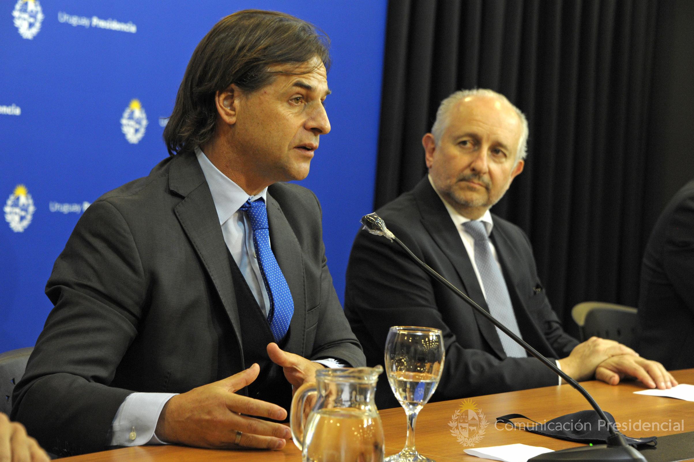 Presidente de la República, Luis Lacalle Pou, y ministro de Educación y Cultura, Pablo da Silveira