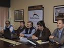 Autoridades durante la videoconferencia de prensa desde la planta de Alcoholes del Uruguay (ALUR)