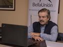 Ministro de Ganadería, Carlos María Uriarte, durante la videoconferencia de prensa desde la planta de Alcoholes del Uruguay (ALUR)