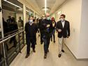 Titular de ASSE, Leonardo Cipriani, junto a autoridades del hospital de Salto