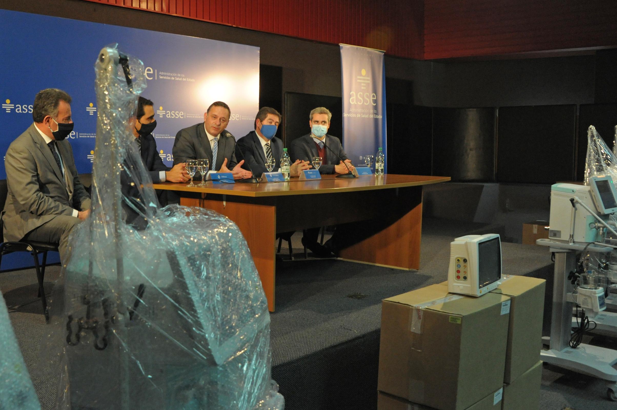 Secretario de Presidencia, Álvaro Delgado, haciendo uso de la palabra