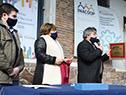 Autoridades en celebración del Día Internacional de las Cooperativas, acto realizado frente a las instalaciones del Molino Florida