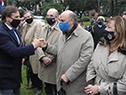Presidente, Luis Lacalle Pou, saluda a integrantes del Gobierno que asistieron al acto