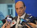 Daniel Radío, realizando declaraciones a la prensa
