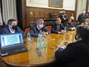 Reunión entre autoridades gubernamentales y representantes del fútbol profesional