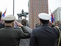 Presidente Luis Lacalle Pou se retira de la plaza Independencia, una vez culminado el acto