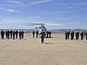 Acto de entrega de un helicóptero para patrullaje naval, traslado sanitario y cuidado ambiental