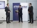 Ceremonia de inauguración de la sala III del datacenter internacional de Antel