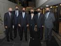 Presidente Luis Lacalle Pou junto a autoridades, previo al inicio de la conmemoración de los 82 años de la Noche de los Cristales Rotos