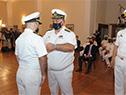 Comandante en jefe de la Armada, Jorge Wilson entrega reconocimento