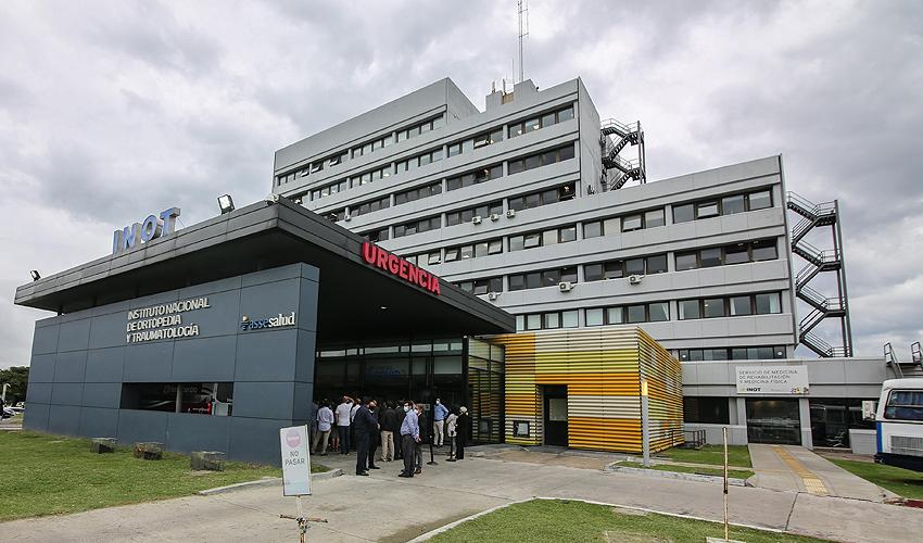 Fachada del Instituto de Ortopedia y Traumatología que comenzó a funcionar como centro COVID-19