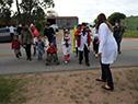 Presidente de ANEP, Robert Silva, durante su vista a la escuela rural n.° 41, Alfredo Zitarrosa