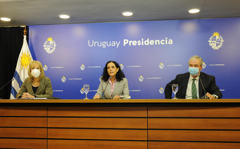 Carolina Cosse, Azucena Arbeleche y Luis Alberto Heber