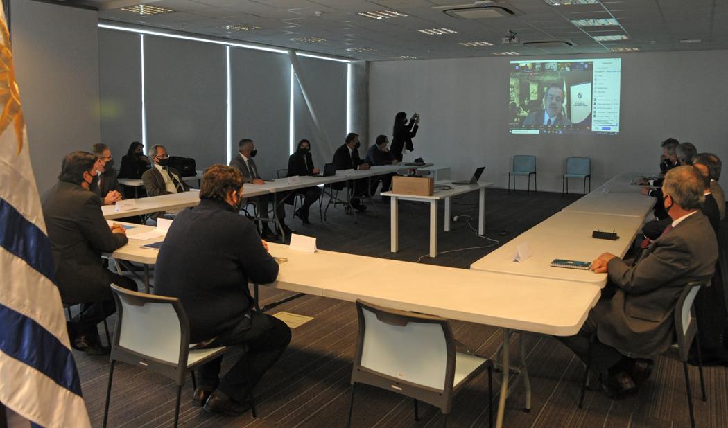 Presentación del equipo técnico interinstitucional de la huella ambiental ganadera