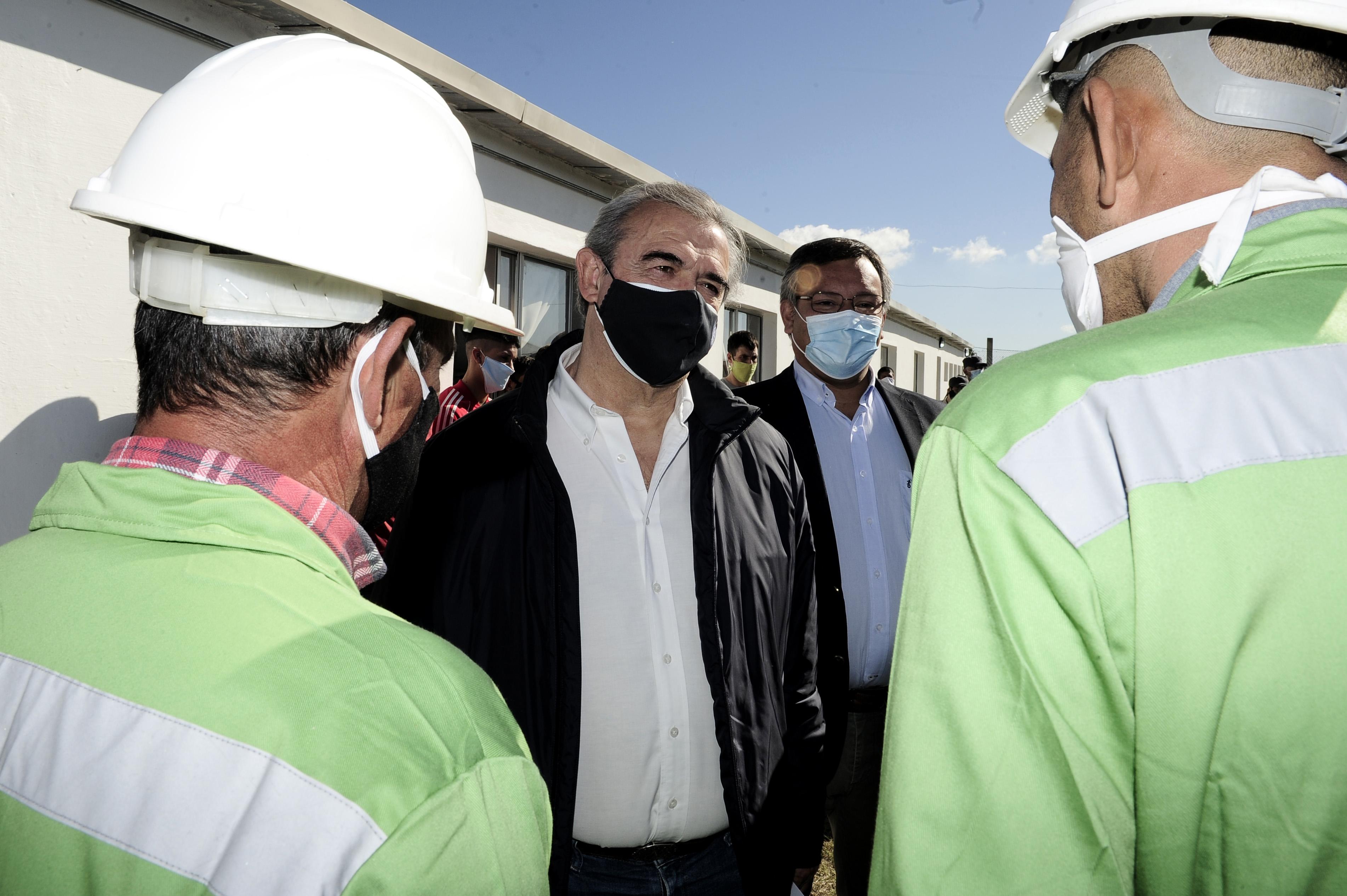 Ministro del Interior, Jorge Larrañaga, en centro de preegreso de personas privadas de libertad