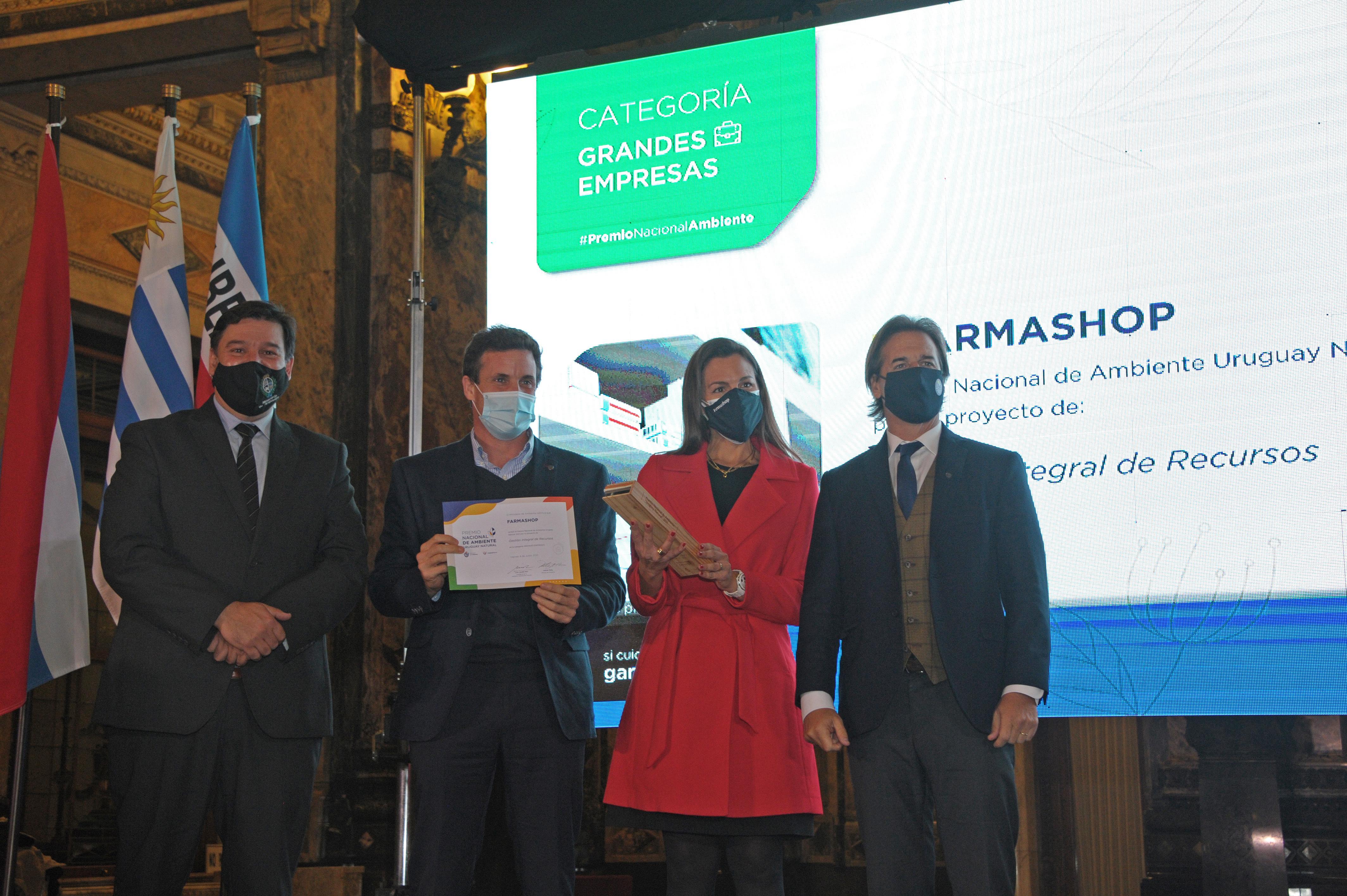 Entrega de premios a proyectos que contribuyen al cuidado del medio ambiente