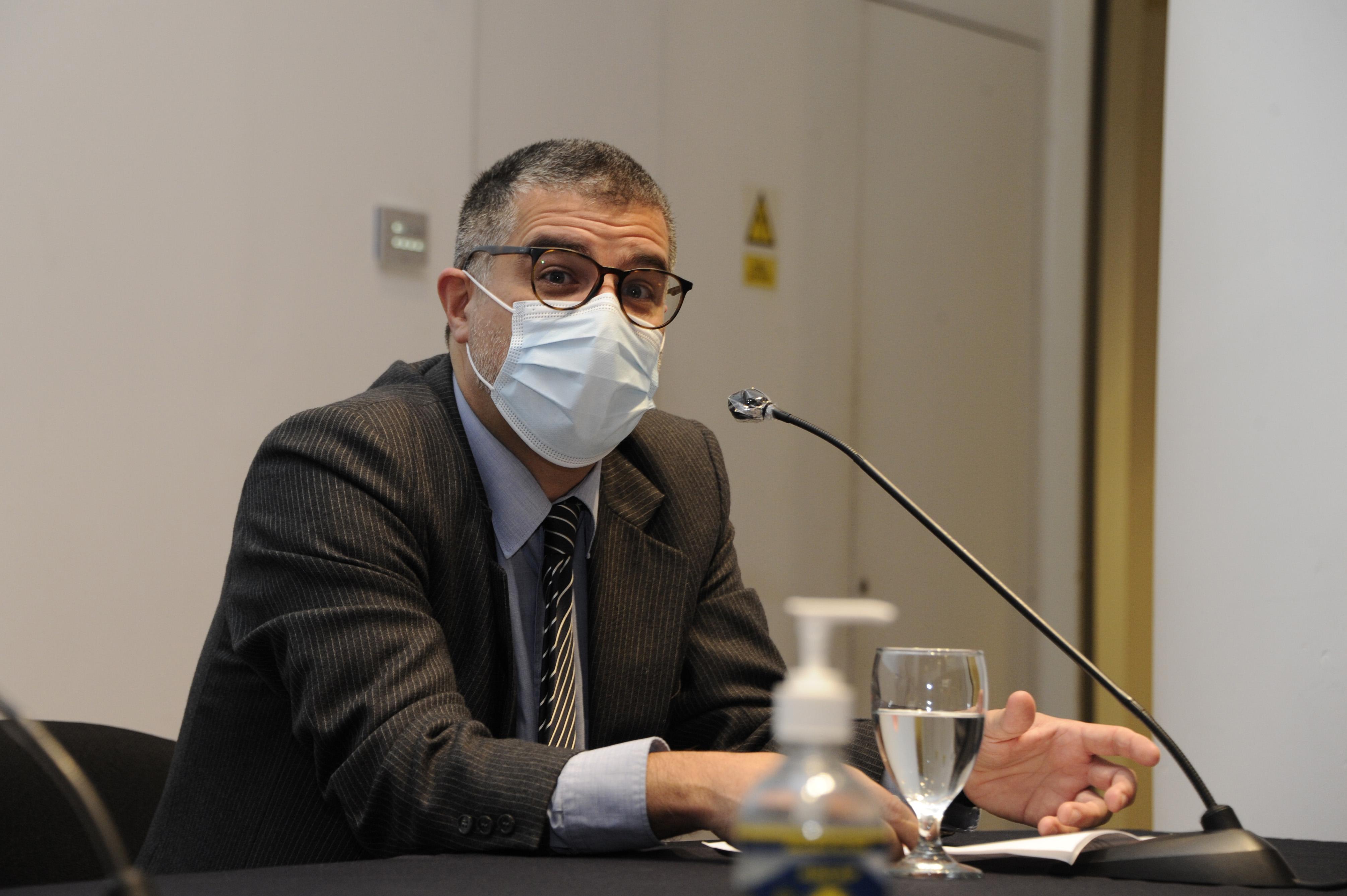 Director de la Biblioteca Nacional, Valentin Trujillo