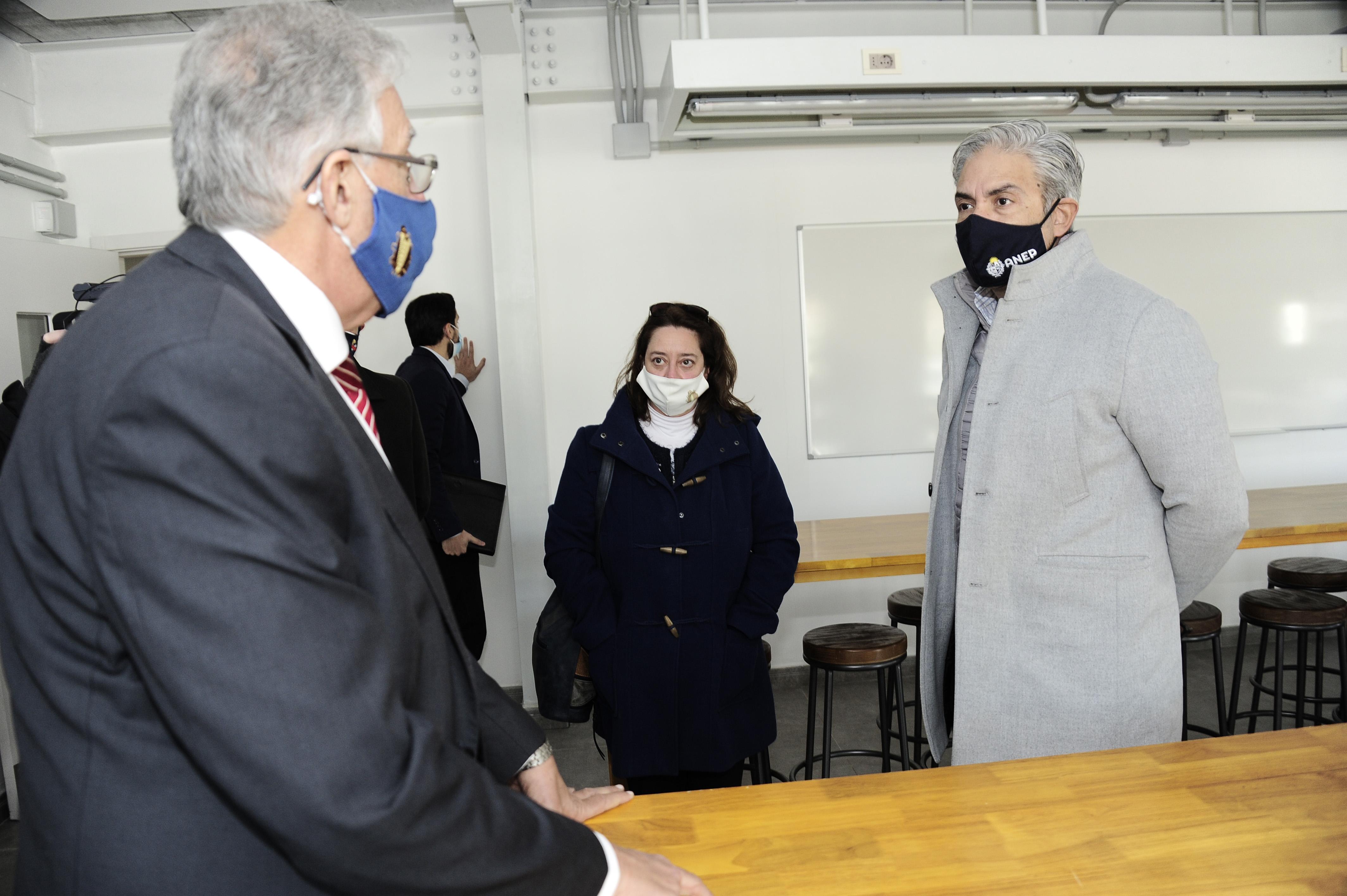 Autoridades de ANEP visitan instituto de alta especialización en San José de Mayo